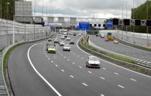 A1 AMSTERDAM/DIEMEN - Snelweg A1 tussen knooppunt Diemen en knooppunt Watergraafsmeer.
