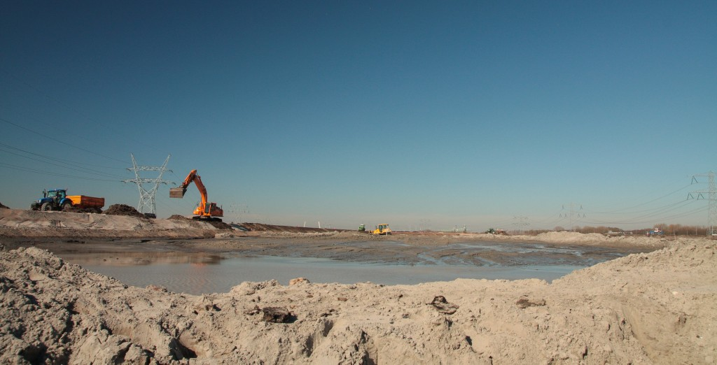 Zand opspuiten maart 2014