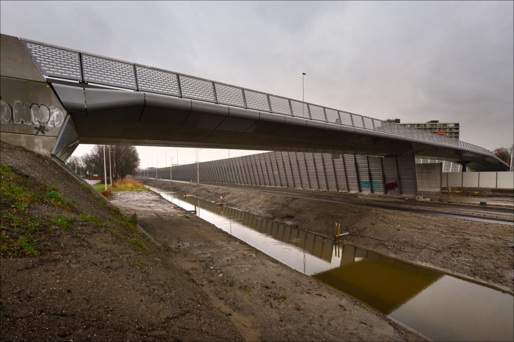 Nieuwe fietsbruggen A10-Oost