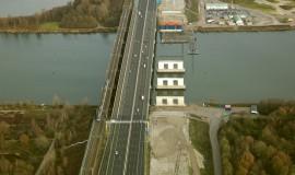 Parallelweg A6 afgesloten voor landbouwverkeer